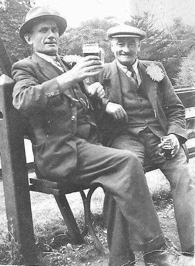 Arthur_Skelton(on_right)_and_unknown_gentleman_001 (3)