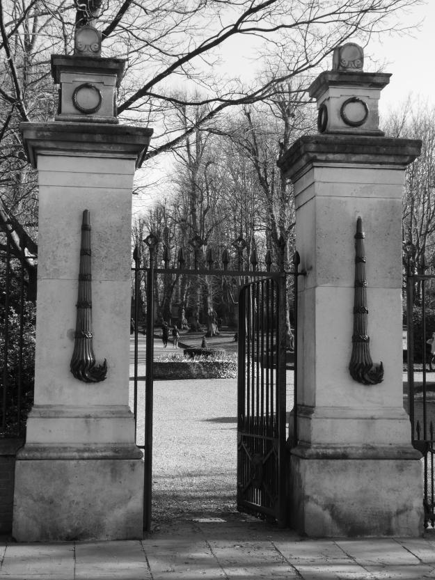 nunhead-gates