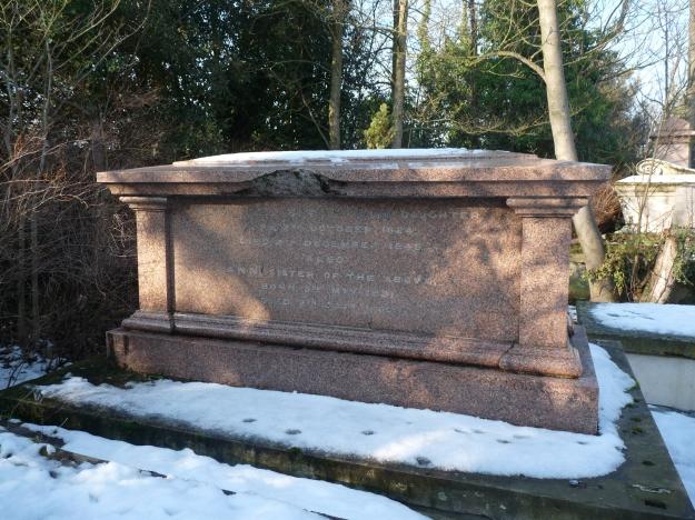 skelton-grave