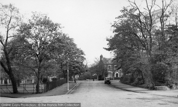 upper-norwood-dulwich-wood-avenue-c1955_u42024