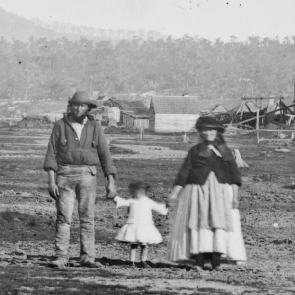 Gold_mining_scene_-_miners_and_families