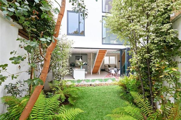 lavender house garden