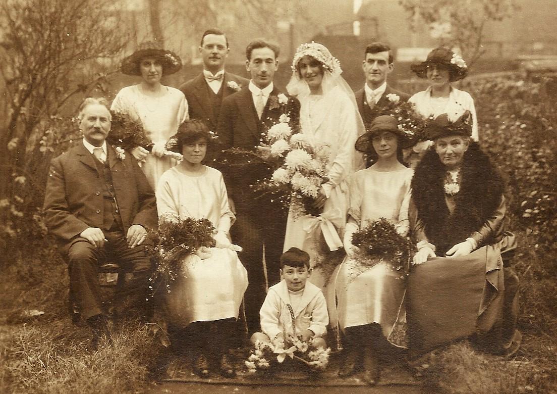 marriage_edith_stops-sidney_skelton (2)