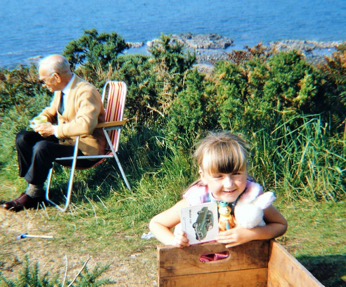 WITH GRANDAD AT DUNURE.JPG